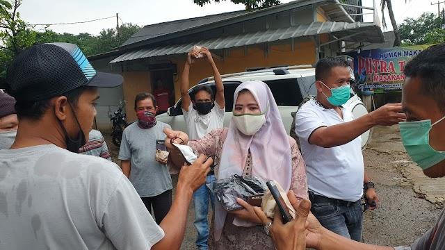 Relawan Kelurahan Cikiwul Gencar Lakukan Sosialisasi Cegah Covid19 dan Distribusikan Bantuan
