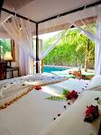 675x900-kuredu-pool-villa-interior.jpg
