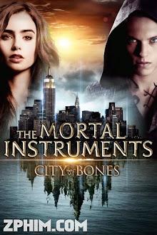 Vũ Khí Bóng Đêm: Thành Phố Xương - The Mortal Instruments: City of Bones (2013) Poster
