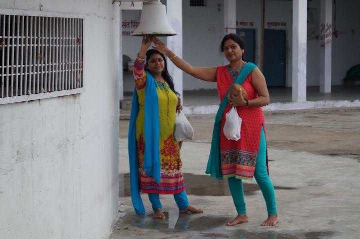 Omkareshwar and Hanmuntiya water resort - DSC07062.JPG