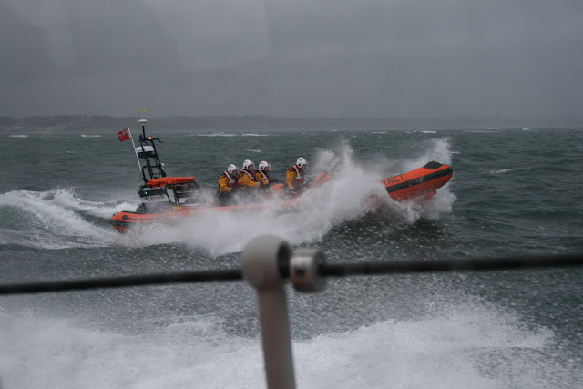 12 June 2011 - ILB alongside ALB during exercise in rough weather (southerly force 7, gusting 8, heavy rain). Hook Sands in the background. (Photo credit: Rob Inett)