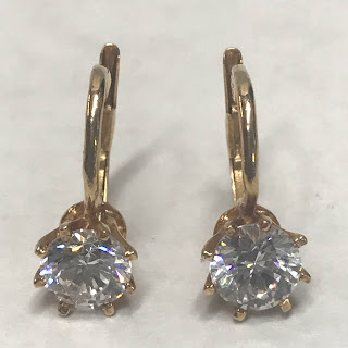 14K Gold and Clear Stone Earrings