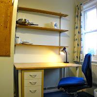 Room R Desk