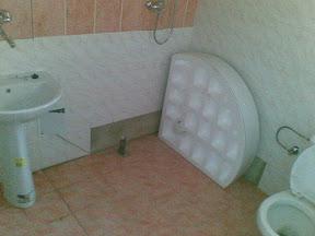 Tu bude sprchovací kút