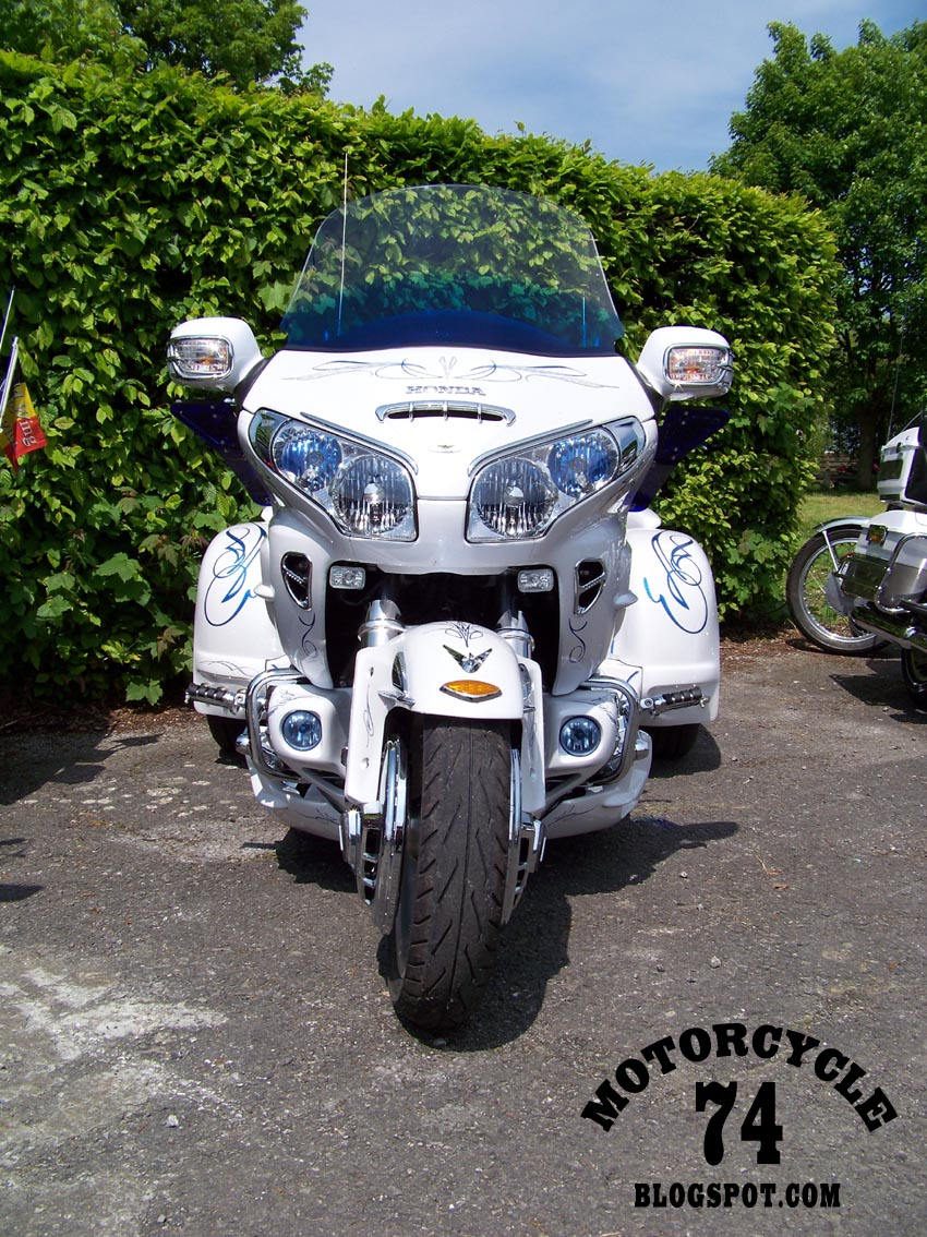 Honda Goldwing Trike Motorcycles 850 x 1134 · 280 kB · jpeg