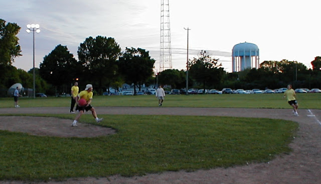 Kickball Spring 2001 - nicecraig.jpg