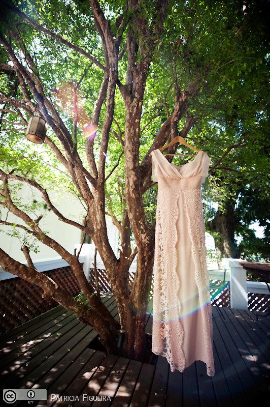 Foto de casamento 0047 de Valeria e Leonardo. Marcações: 27/11/2010, Casamento Valeria e Leonardo, Fotos de Vestido, Madalena Salim, Rio de Janeiro, Vestido, Vestido de Noiva.