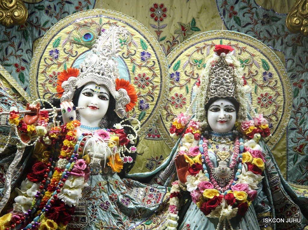 ISKCON Juhu Sringar Deity Darshan on 3rd Aug 2016 (8)