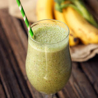 Sweet Green Smoothie (Banana Broccoli) – Gluten-free and Vegan.