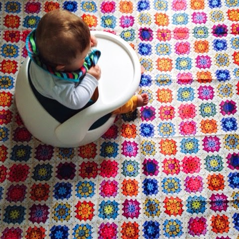 bright mess mat feeding baby