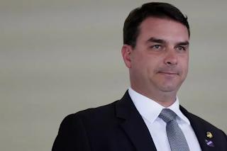 Ministra Cármen Lúcia dá 24h para Heleno e Ramagem explicarem relatório sobre Flávio Bolsonaro