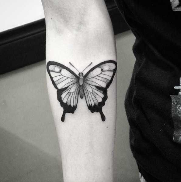 Este deslumbrante tatuagem de borboleta