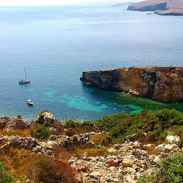 Picture of a paradisiac cove, Gozo, Malta.