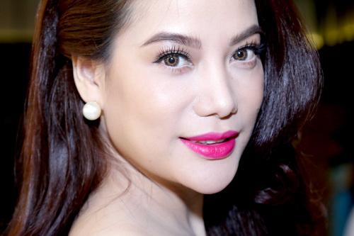 Truong Ngoc Anh dep hoa ghen lieu hon  5