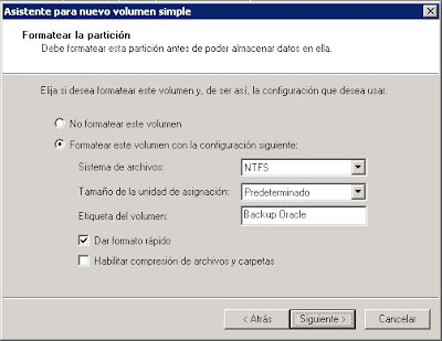 Crear nuevo volumen en equipo con Windows Server 2008 procedente de la SAN