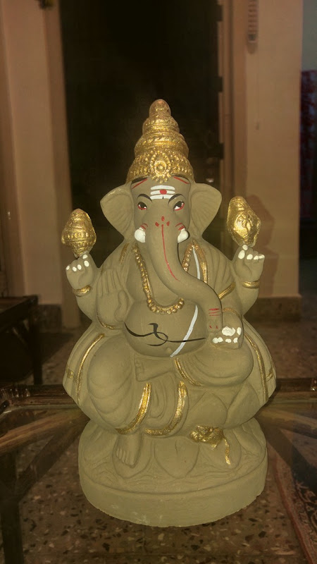 The Ganesha at my home - shot at low light and with LG G4 flash