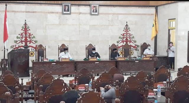 DPRD Kapuas Gelar Paripurna Agenda Penyampaian Pemandangan Umum Fraksi Pendukung Dewan