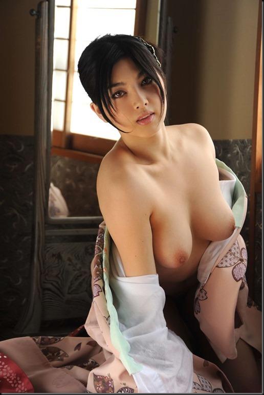 Saori Hara in Kimono_246748-0050