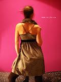 – šaty šedivé s límcem