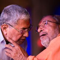 Sahebdada_Swamiji_Discussion.jpg