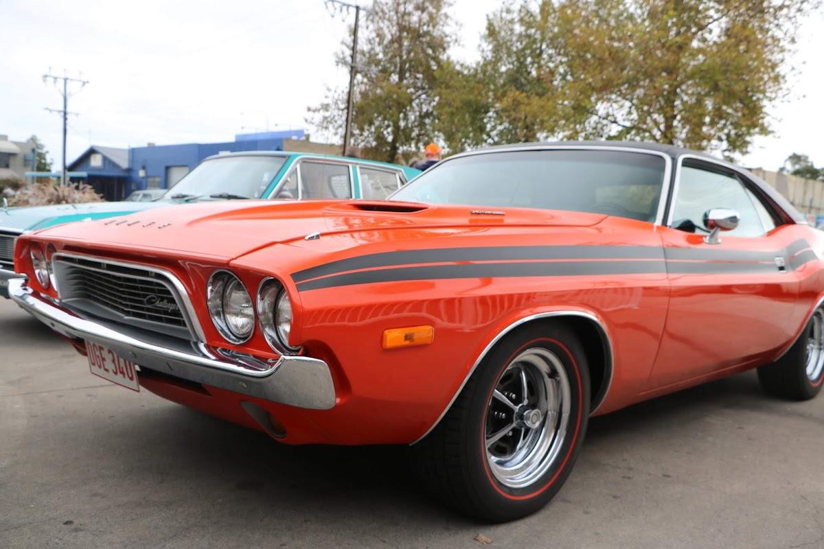 Dodge Challenger 02.jpg