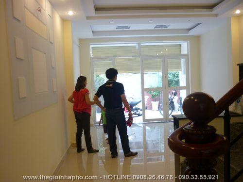 Bán nhà Cách Mạng Tháng Tám , Quận Tân Bình giá 3, 1 tỷ - NT102