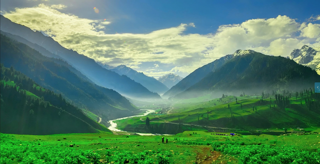 Safe Places to Visit in Kashmir | KASHMIR- HEAVEN ON EARTH