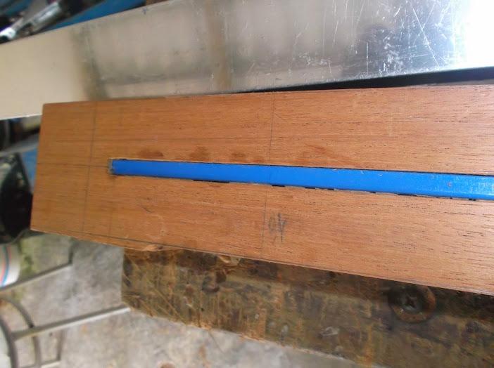 Construção inspirada Les Paul Custom, meu 1º projeto com braço colado (finalizado e com áudio) - Página 3 DSCF1215