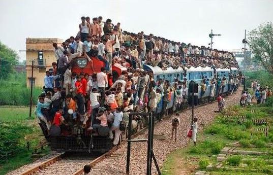 Tren lleno de gente