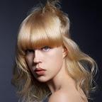 lindos-hair-caught-070.jpg