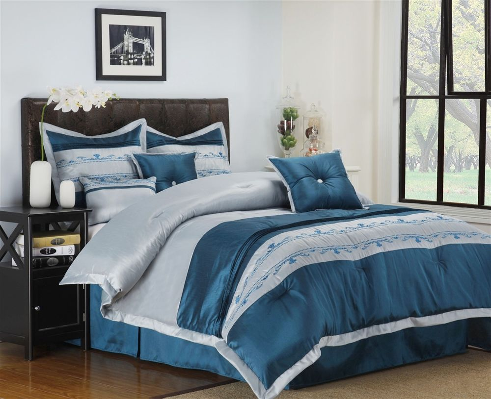 Hometary: Blue And Silver Bedding