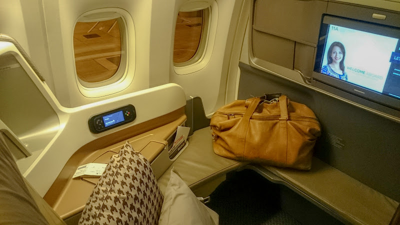 LHR SIN 8 - REVIEW - Singapore Airlines : Business Class - London to Singapore (B77WN)