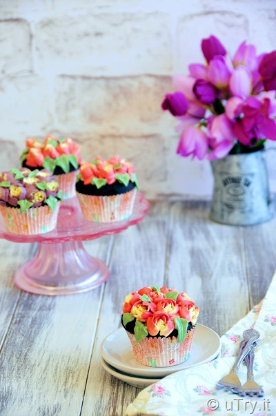 Chocolate Cupcakes with Swiss Meringue Buttercream Flowers - Featuring Russian Piping Tips http://uTry.it