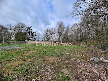 terrain à Etival-lès-le-Mans (72)