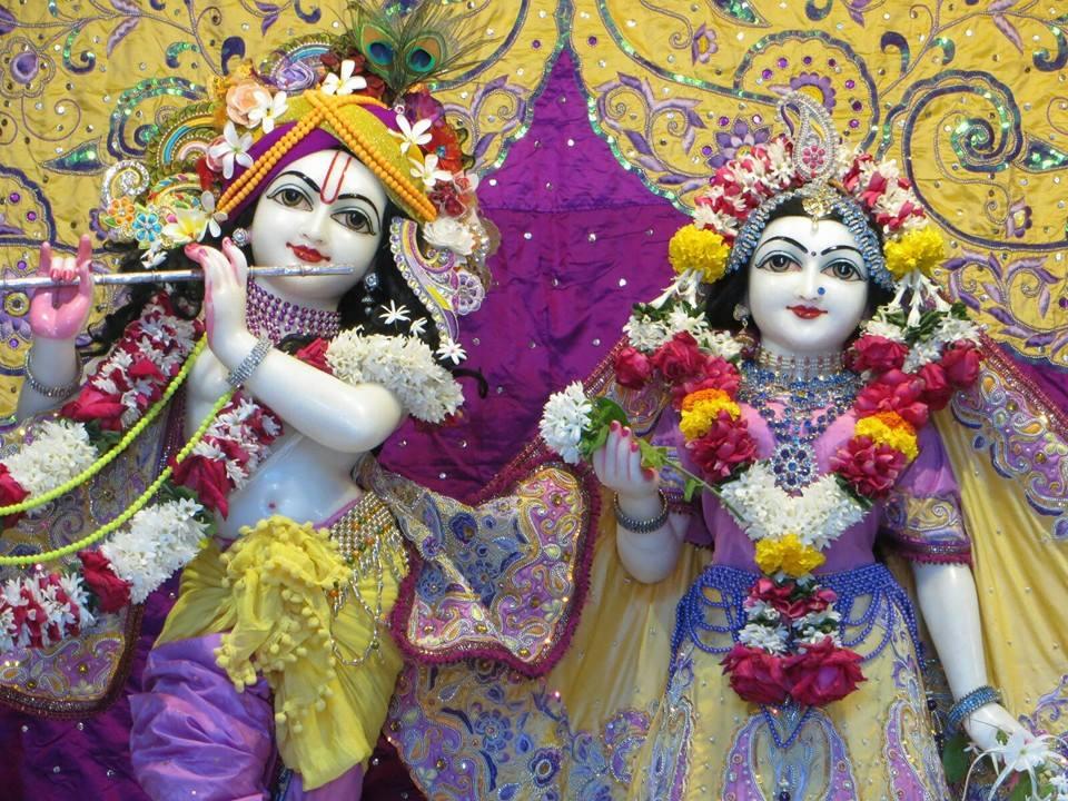 ISKCON Aravade Deity Darshan 22 Dec 2015 (3)
