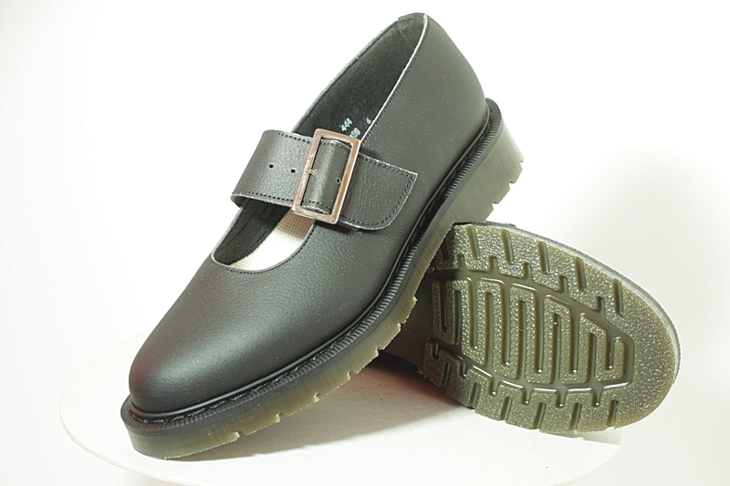 vegan bouncing sandal for women, made in the UK