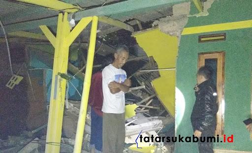 Jalan Amblas Sebabkan Rumah Ambruk di Nagrak Sukabumi