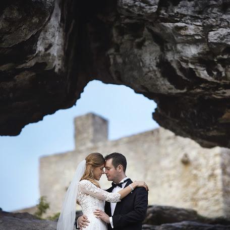 Wedding photographer Kamil Borkiewicz (borkiewicz). Photo of 05.12.2017