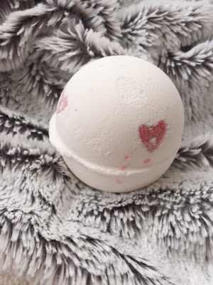 Lover Lamp lush cosmetics bath bomb