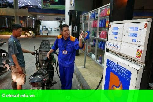 Hình 1: Petrolimex tăng lãi 80% do được bù đắp chi phí