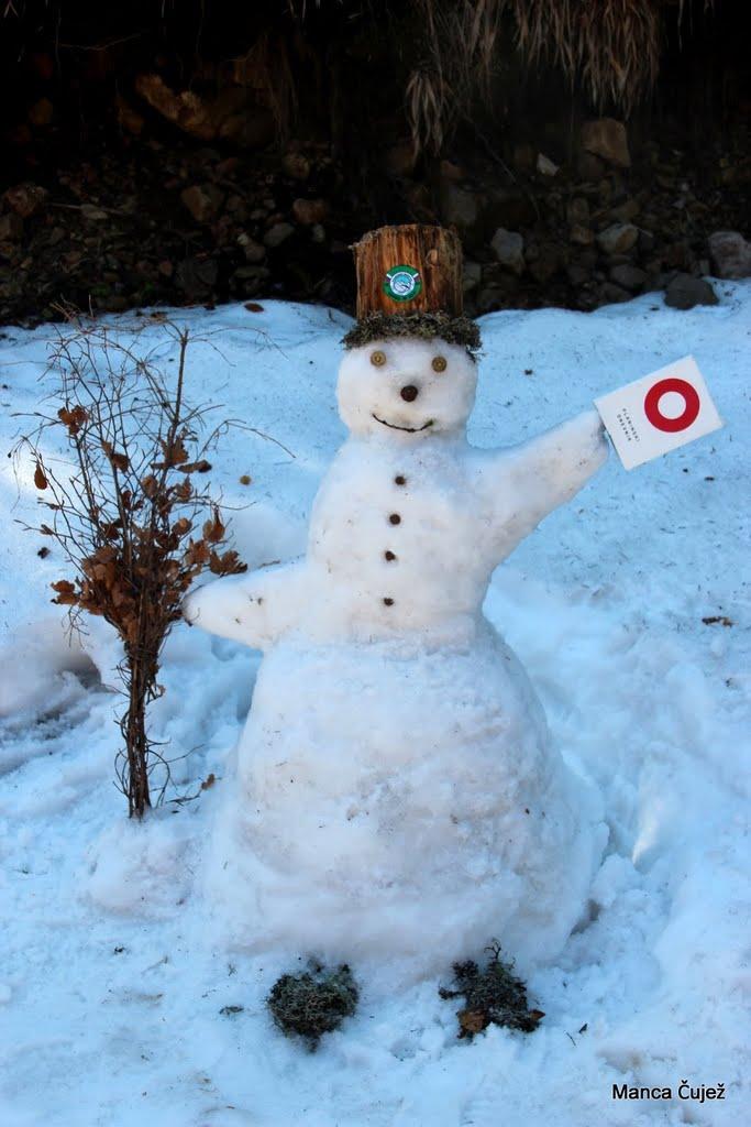 In nastal je tale korenjak: snežko belič - sneženi mož