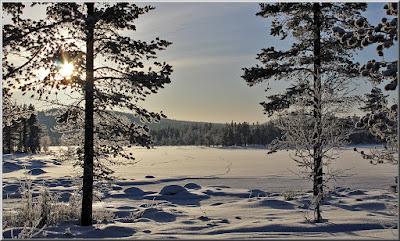 Solen högt över Holmberget