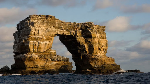 Darwin Arch, Darwin Island, Galapagos Islands, Ecuador.jpg