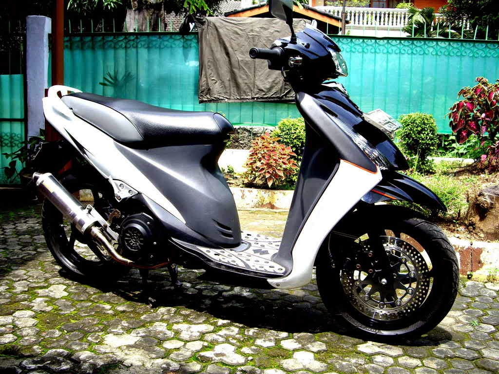 Suzuki Spin Modifikasi Trail