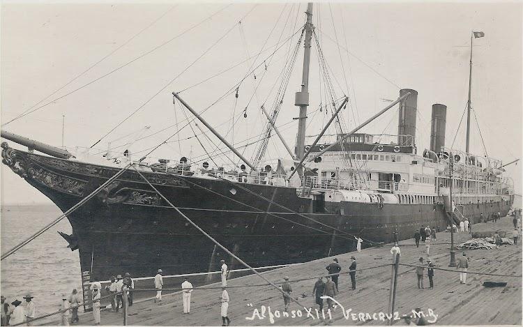 Vapor ALFONSO XIII en Veracruz. Fecha indeterminada. Colección Jaume Cifre Sanchez. Nuestro agradecimiento.jpg
