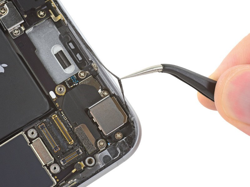 Tính năng chống nước của iPhone 6s được cải thiện do đâu?