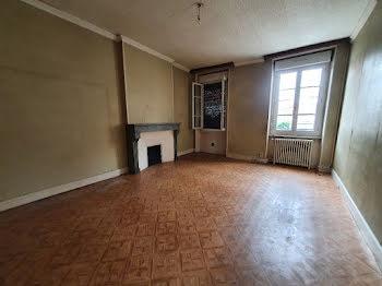 appartement à Montmarault (03)