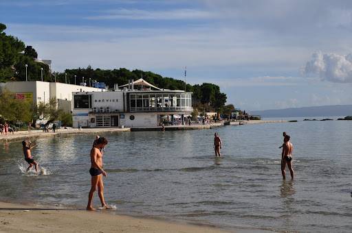 Folks playing the local game of Picigin, Bacvice Beach