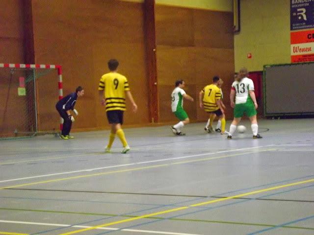 Vrouwenvoetbal? Visit http://www.dekartoesjkensmachelen.be