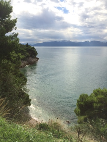 Croatia has one of the most stunning coastlines I've ever seen, and the road that follows it is easy travelling.We've been taking our time, mostly because the weather has been bad and so we've spent time 'waiting it out'. Obviously, the spectacul...